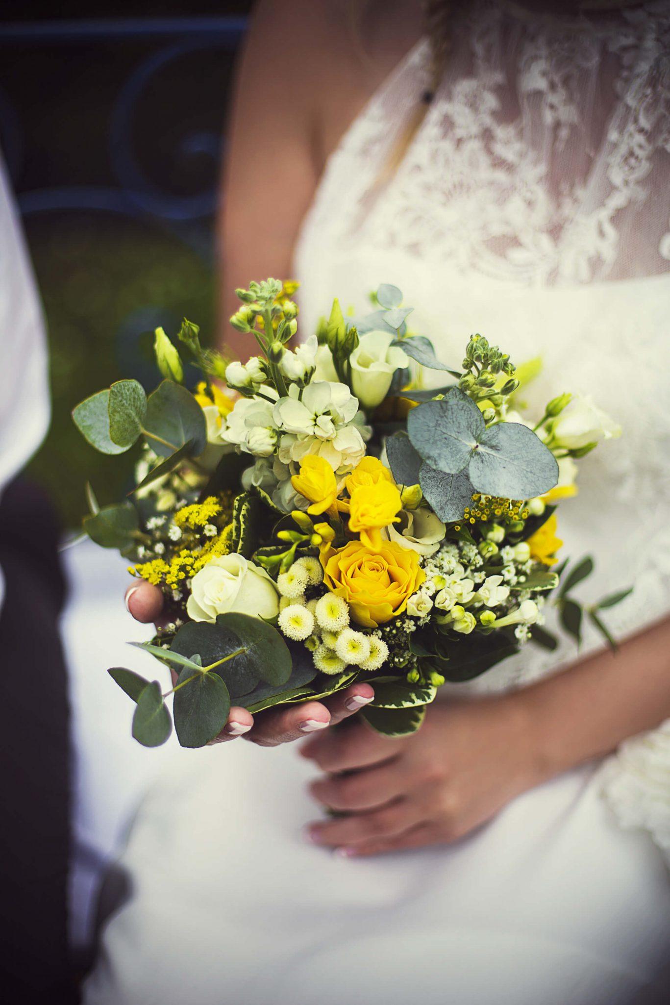 bouquet_mariee_eucalyptus_mariage_dentelle