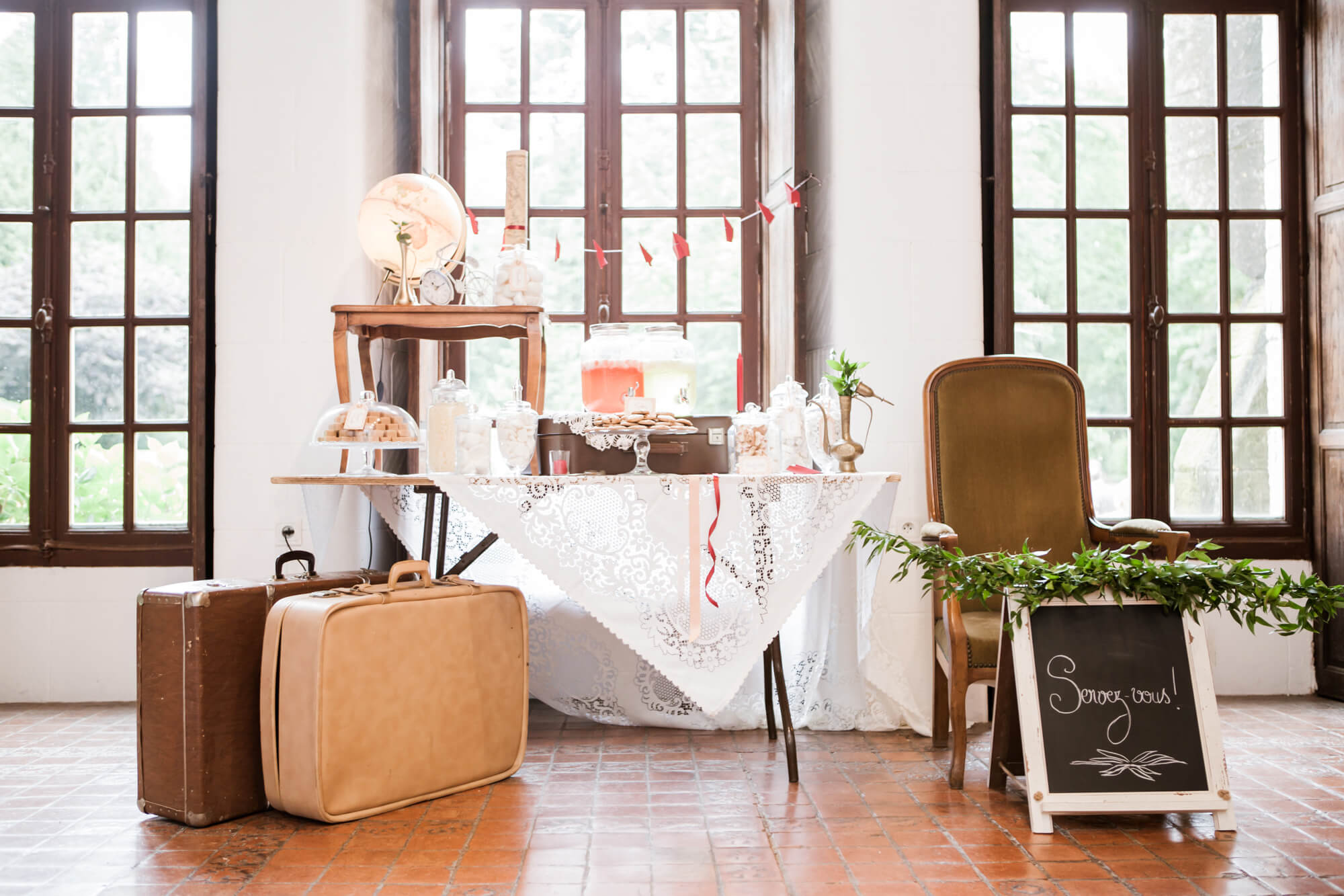 candy_bar_voyage_kinfolk_decor