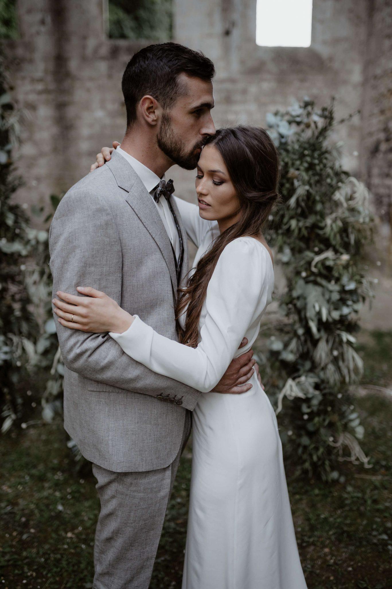 ceremonie_laique_mariage_moderne_nature