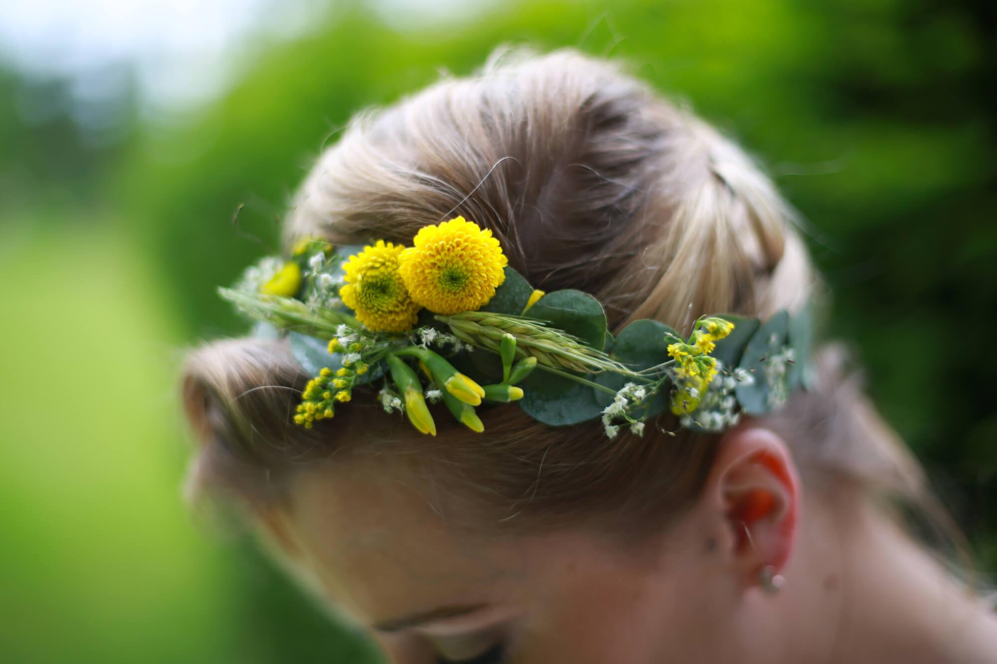 couronne_fleurs_vegetale_jaune_champetre