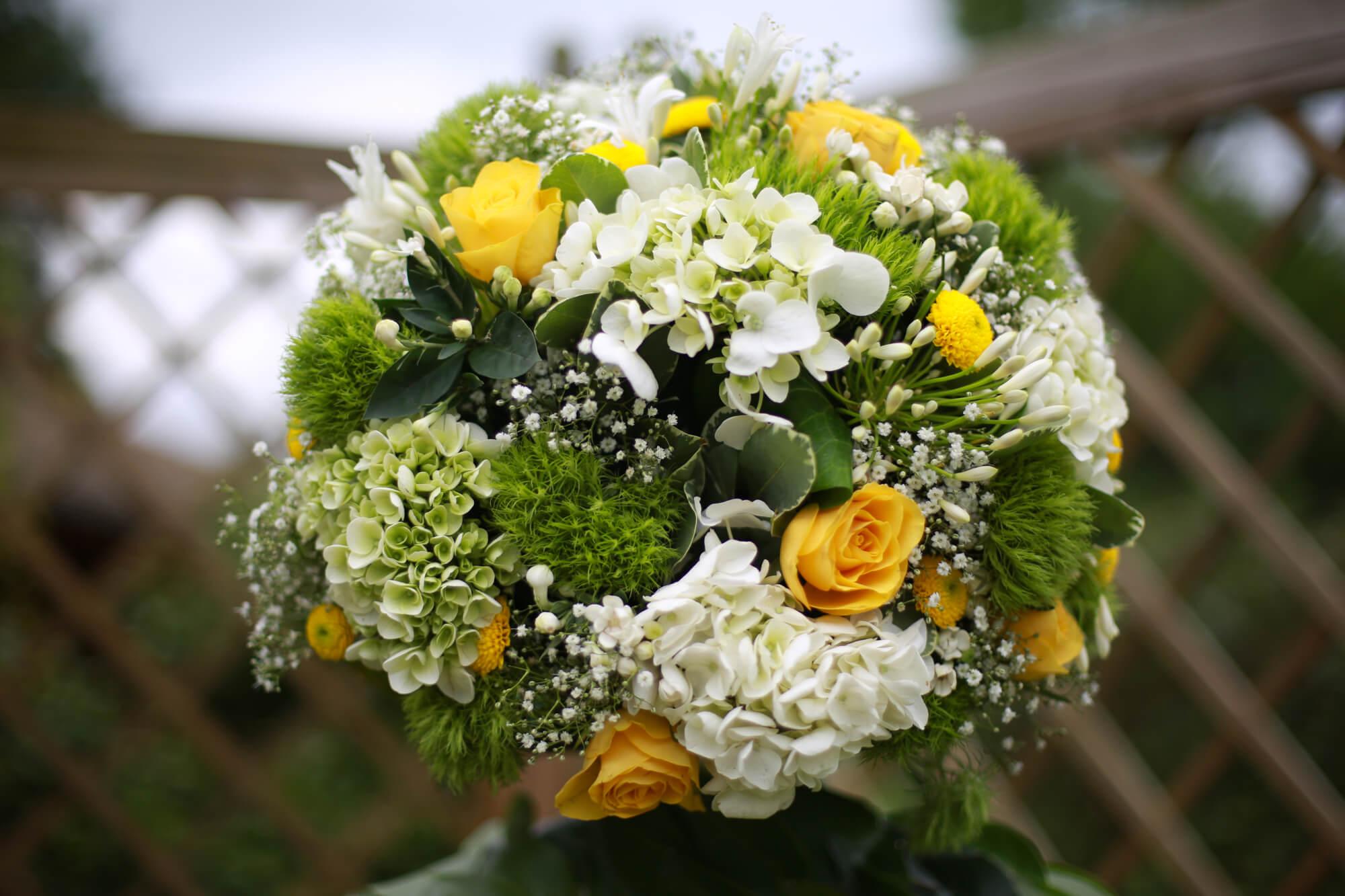 fleurs_jaune_citron_champetre_chic