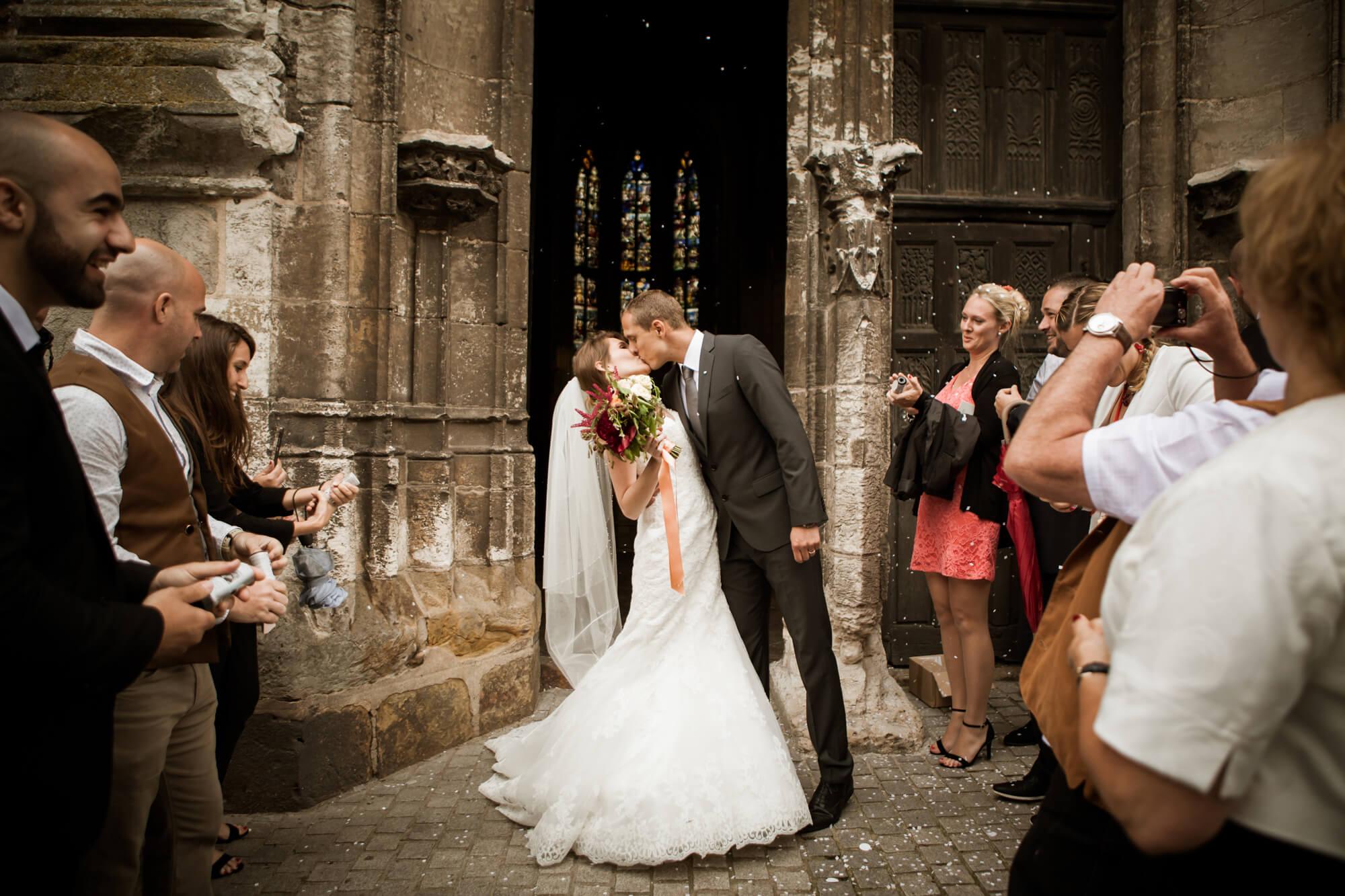 Marige à l'église empreinte éphémère