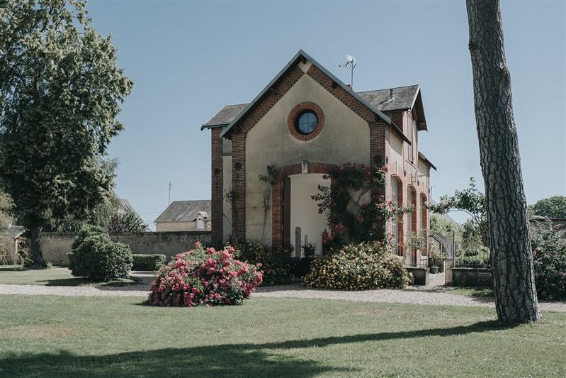 mariage simple au chateau barthélemy. Empreinte éphémère wedding planner Provence paris normandie