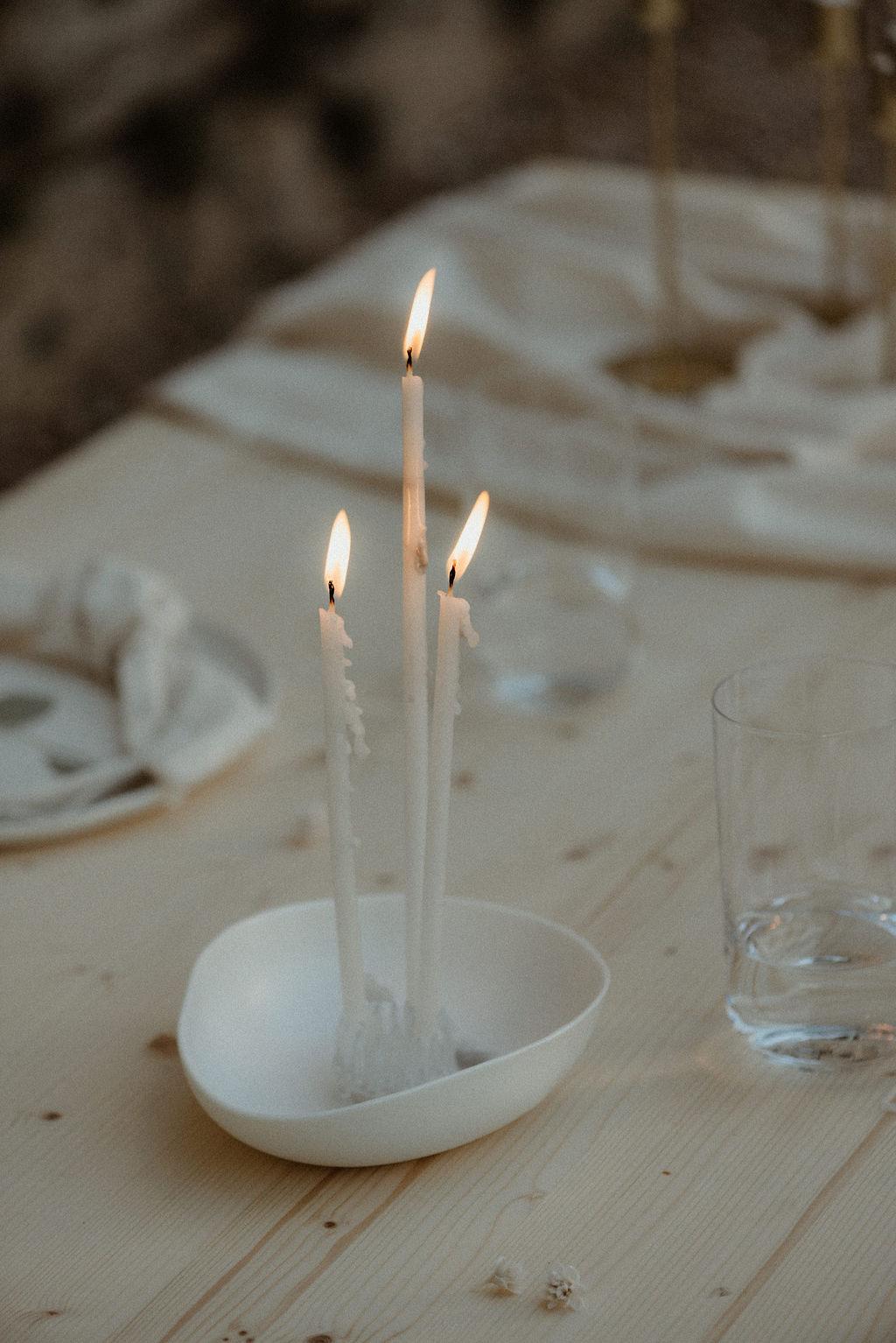 idée de décoration mariage moderne et minimaliste. Empreinte Ephémère wedding planner Provence paris normandie