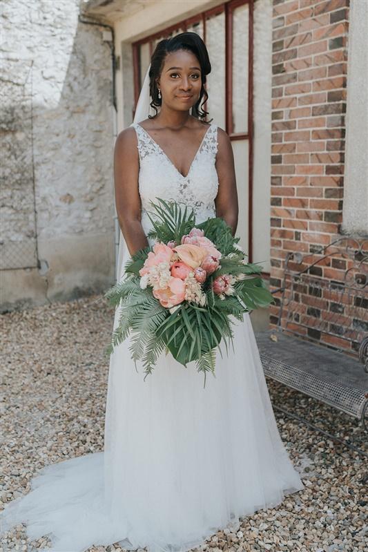fleur mariage et bouquet de mariée sur le theme tropical chic. Empreinte éphémère wedding planner Provence paris normandie
