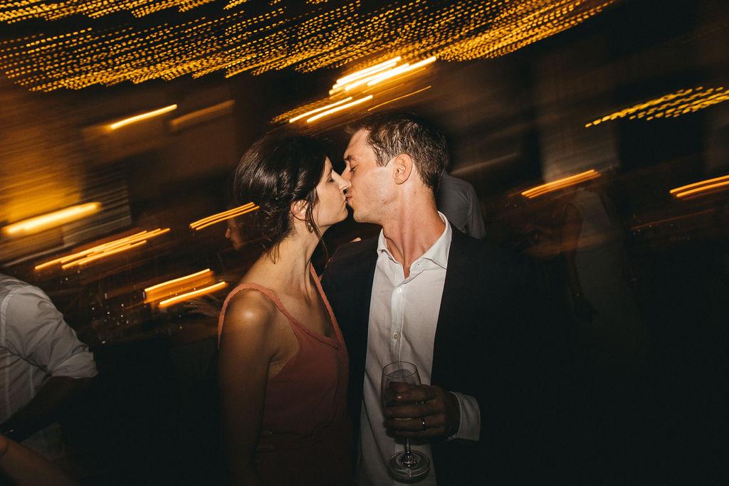 dj de mariage pour une ambiance de mariage intime de folie. Empreinte Ephémère wedding planner Provence paris normandie