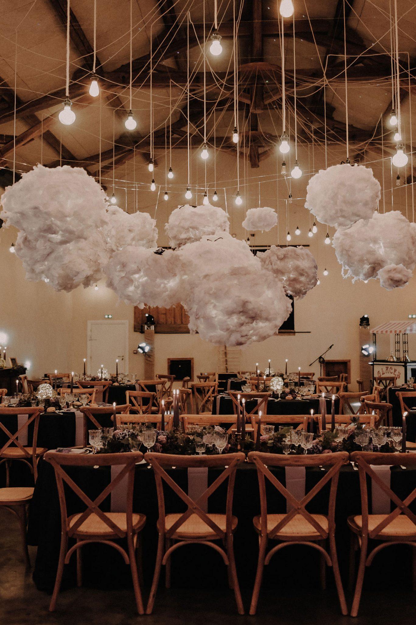mariage original et idée décoration mariage original dans lieu industriel les bonnes joies la ferme d'armenon. Empreinte Ephémère wedding planner Provence paris normandie