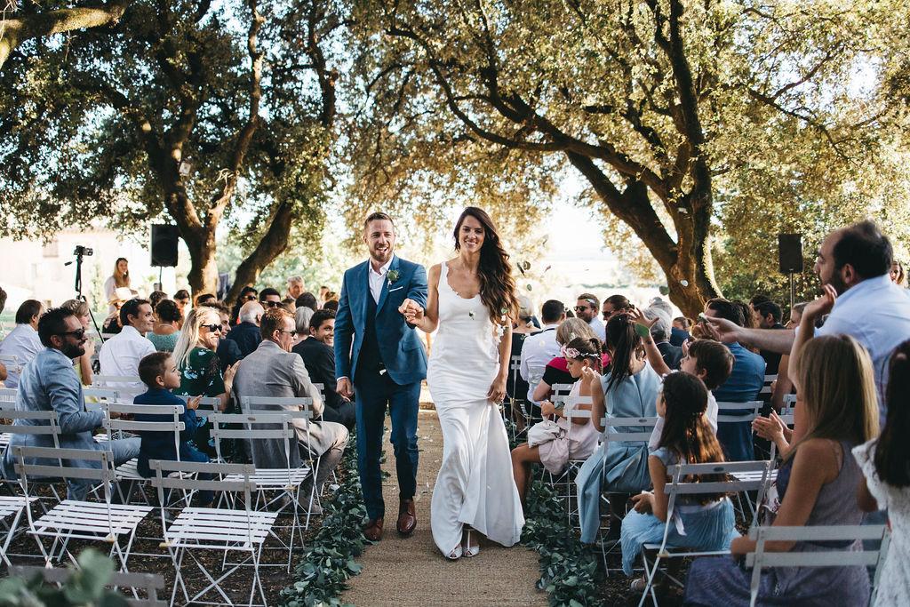 wedding planner Montpellier cérémonie laïque en extérieur sous les oliviers de Provence