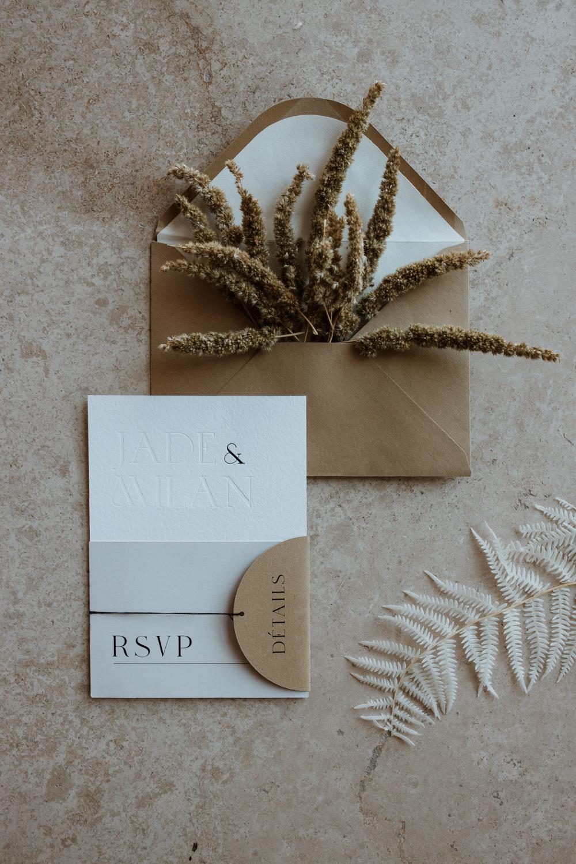 faire part moderne et mariage minimaliste en provence