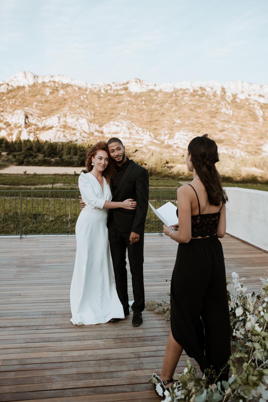 mariage-ceremonie-laique-domaine-vallon-glauges-empreinte-ephemere